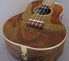 Walnut ukulele 4